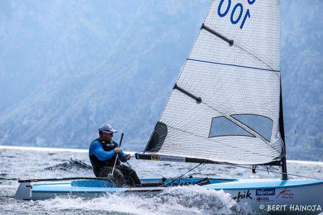 Perfect scores for Trujillo and Krutskikh after second day at Finn Masters in Torbole
